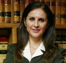 Camelia Mahmoudi, Women Lawyer
